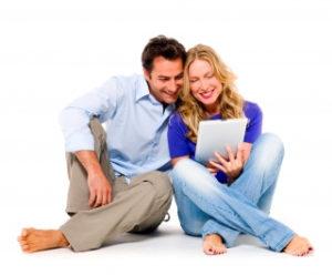 Para sprawdzająca ranking kredytów przez internet